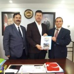 Osman ZOR  Akyazı Belediye Başkanı  Bilal Soykan'ı ziyaret  etti
