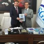 Sakarya Kültür ve Doğal Kaynakları Koruma Derneği SGK müdürü Erhan ÇAVUŞ' u ziyaret etti.
